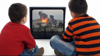 Los niños sin lugar en los medios | Marcela Isaías